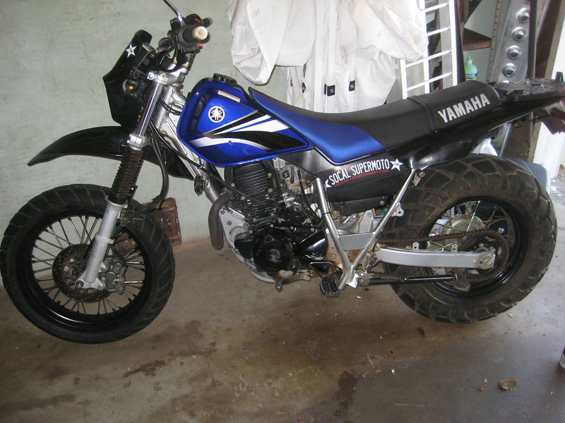 Post a pic of your ride     [Archive] - Page 25 - Supermoto